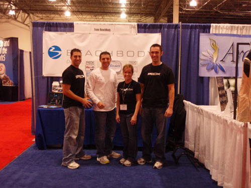 Beachbody Coaches At A Business Expo