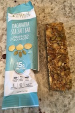 Primal Kitchen Macadamia Sea Salt Bar Review